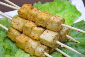 烤臭豆腐的做法_如何烤臭豆腐_烤臭豆腐怎么做