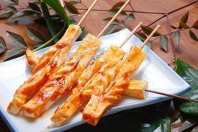 烤豆干的做法_烤豆干的制作步骤【食之秀烧烤技术】