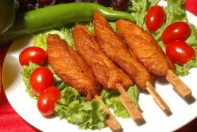 烤鸡柳的做法_烤鸡柳怎么做【食之秀烧烤技术】