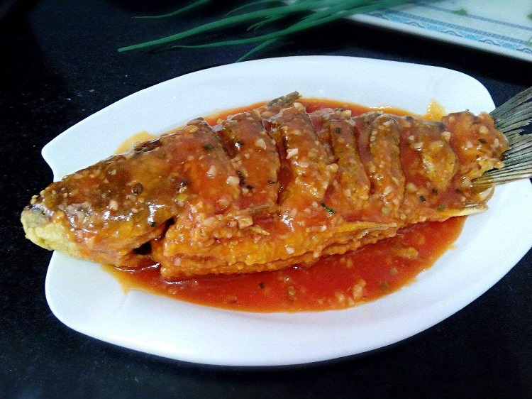 糖醋福寿鱼怎么做才好吃 糖醋福寿鱼的做法
