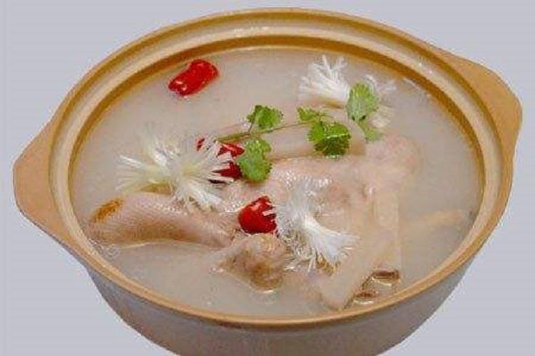 莲子冬瓜老鸭汤的做法 莲子冬瓜老鸭汤怎么做