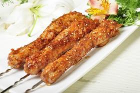 如何用食之秀无烟烧烤机烤制美味的烤鸡脖_烤鸡脖的做法