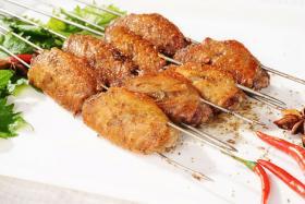 如何用食之秀无烟自动电烤炉蜜烤鸡翅