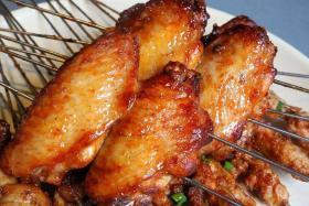 很久以前无烟烧烤炉做叉烧酱烤鸡翅肉美多汁