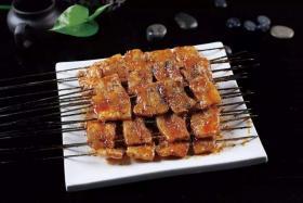 很久以前自动烧烤炉烤家常五花肉的简单做法