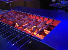 烧烤店商用全自动翻转火山石烧烤炉 室内无烟火山石电烤炉