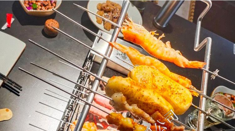 上海三个蒙古大叔烤羊肉串木炭烧烤炉批发,食之秀木炭烧烤炉加工定做