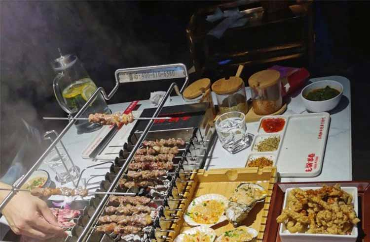 上海走锅串巷自助烧烤加盟费多少钱,上海走锅串巷自助烧烤加盟总部在哪里